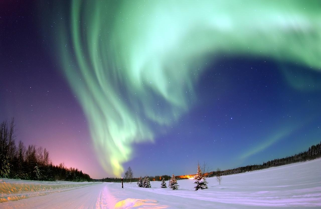 aurora-borealis-69221_1280中