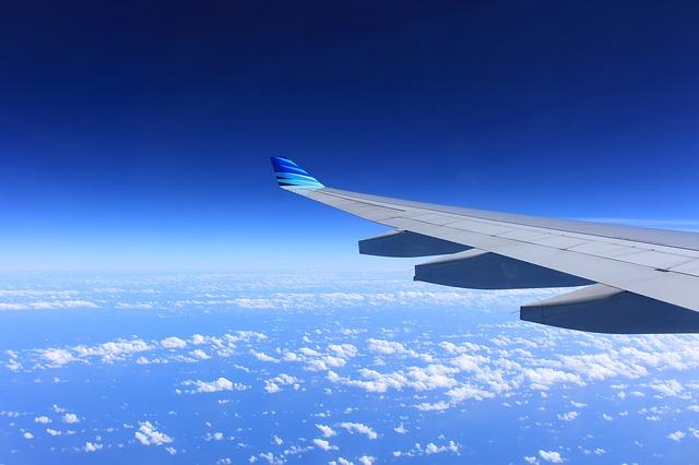 飛行機 留学 窓